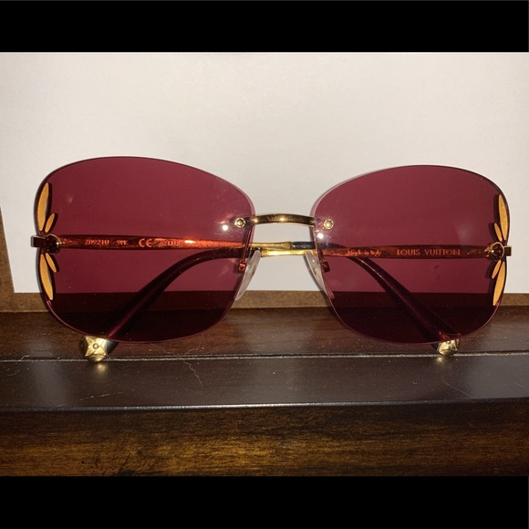 7098e06f761 Louis Vuitton Accessories - Authentic Louis Vuitton Rose Tinted Sunglasses